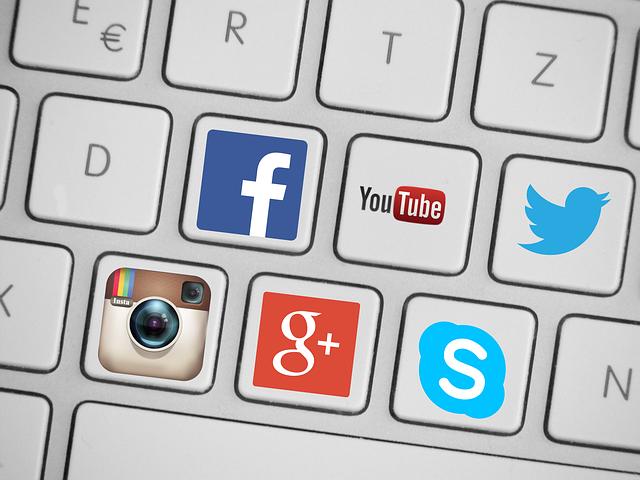 klawiatura social media